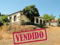 Quinta com Casas - Escalos Baixo - Castelo Branco - REF: 21-118483